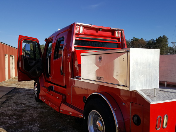 2007 sport chassis Freightliner  for Sale $65,000