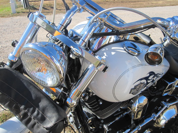 '04 Harley Wide Glide LOTS OF CHROME  !!  for Sale $8,500