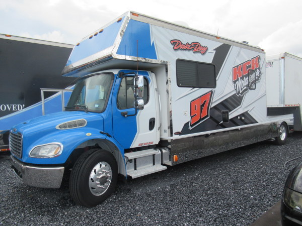 2004 Freightliner Renegade with only 93k Miles Will Finance