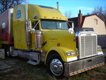 2000 Freightliner Classic  for sale $89,900